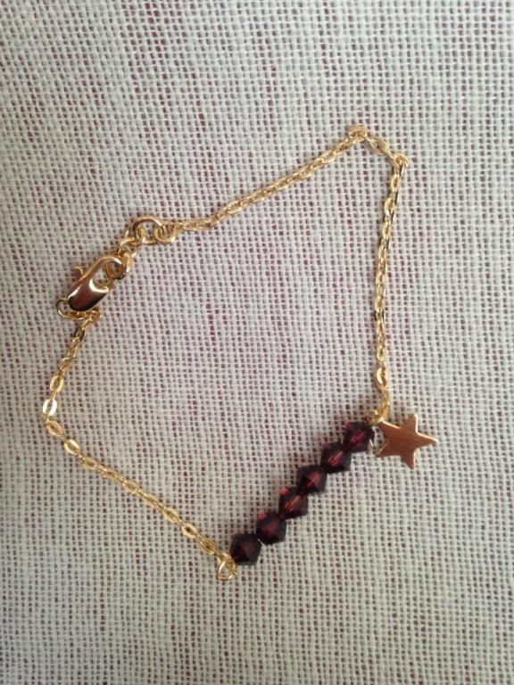 Bracelet toupies et étoile à 13€