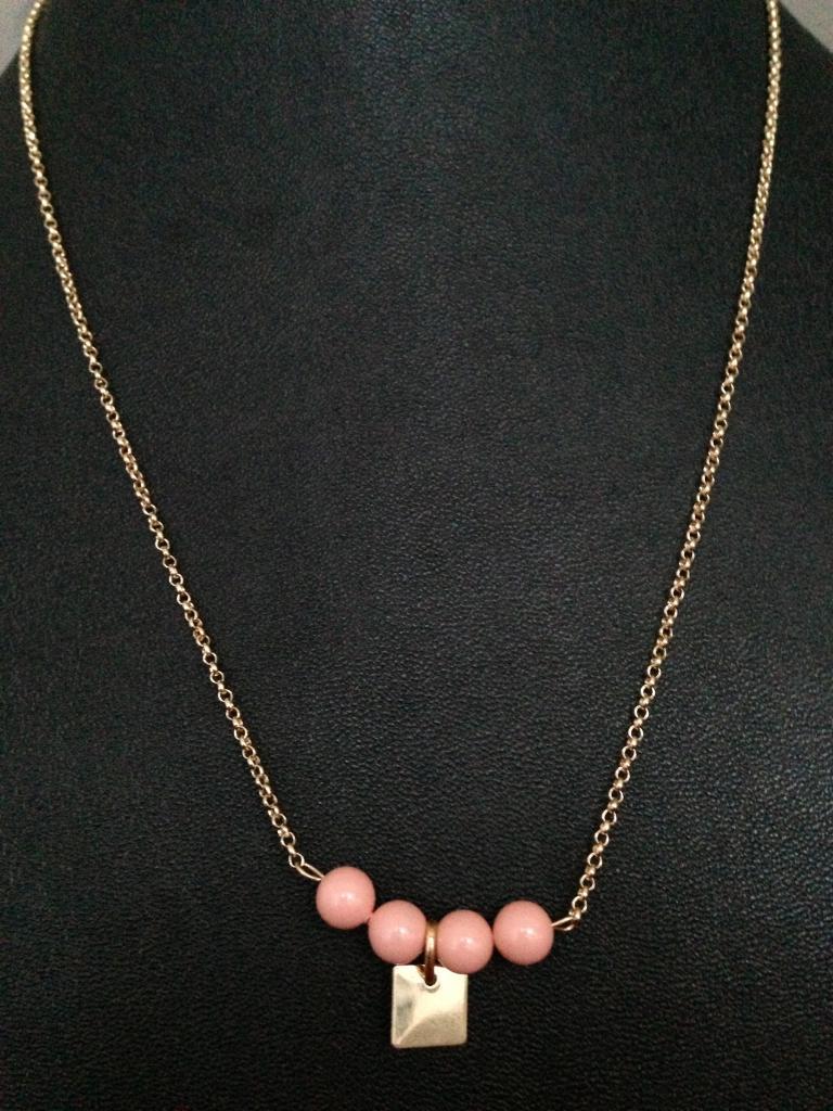 Collier perles nacrées Swarovski à 27€