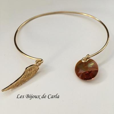 Bracelet jonc avec aile en plaqué or et pendentif cristal