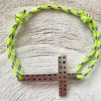 Bracelet croix et corde de parachute