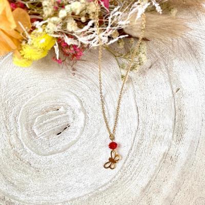 Collier avec papillon en plaqué or
