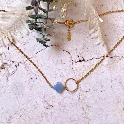 Collier ras-le-cou anneau et perle de verre