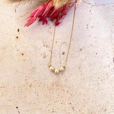 Collier ras-le-cou avec perles de Majorque
