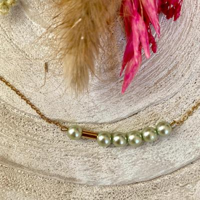 Bracelet plaqué or perles nacrées et mini tube