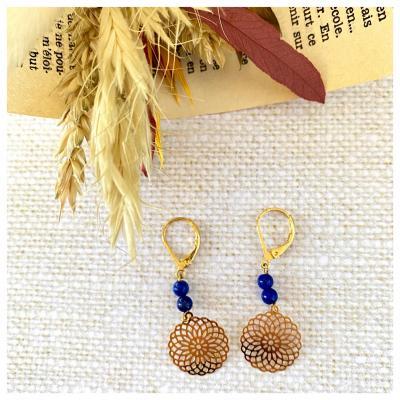 Boucles d'oreilles perles naturelles et filigrane rond